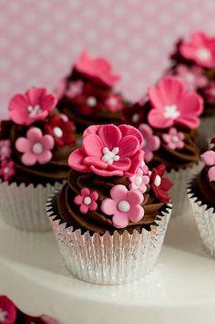 ume / plum blossom cup cakes