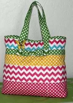 Strip Happy Fat Quarter Tote Bag - PDF Pattern by Jo-Lydia's Attic   #quilting