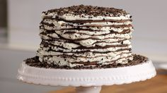 Oreo Mille Crêpes Torte Rezept als Back-Video zum selber machen! Ganz einfach Schritt für Schritt erklärt!