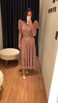 Girls Party Wear, Party Wear Indian Dresses, Designer Party Wear Dresses, Indian Gowns Dresses, Dress Indian Style, Indian Fashion Dresses, Indian Designer Outfits, Stylish Dress Book, Stylish Dresses For Girls