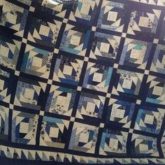 Quilted for Someone else, but completely looks like something I would like for myself, love all the blue! #longarmquilter #longarmquilting #quilts #quilting