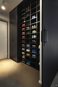 Like: shoe storage  - hide shoes from view