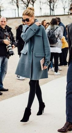 chic Well Dressed and On Trend Using These Dressing Tips Mode Chic dressed Dressing Outfit ideen tips Trend Chic Winter Outfits, Casual Work Outfits, Winter Outfits Women, Business Casual Outfits, Winter Outfits For Work, Mode Outfits, Fall Outfits, Winter Work Fashion, Winter Clothes