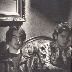 Good friends Keanu Reeves and River Phoenix in 1991 River Phoenix Keanu Reeves, My Own Private Idaho, Keanu Charles Reeves, Keanu Reeves Young, Little Buddha, River I, Photo Vintage, My Sun And Stars, Films