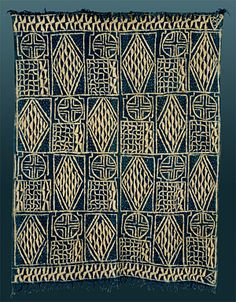 Ndop or Ntiesia/Ntieya Cloth from the Bamileke or Bamum people of the Grassfields area of the Cameroon. Handspun cotton, raffia for resist stitching sew dye, indigo dye Motifs Textiles, Textile Patterns, Textile Design, Textile Art, African Textiles, African Fabric, African Design, African Art, Tribal Patterns
