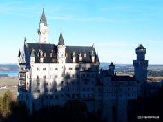 View of Neuschwanstein Castle, taken from a nearby bridge Saxony Anhalt, Rhineland Palatinate, Lower Saxony, North Rhine Westphalia, Neuschwanstein Castle, Bavaria, Castles, Travel Destinations, Bridge