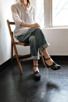 White blouse, blue jeans + maryjane style vintage heels