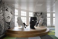Contemporary Office Decor office interior decor7 // #bafco #bafcointeriors Visit www.bafco.com for more inspirations.