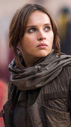 Felicity Jones in Rogue One Rogue One Star Wars, Rogue One Jyn Erso, Images Star Wars, Star Wars Pictures, Film Star Wars, Star Wars Art, Rey Star Wars, Felicity Jones, Meninas Star Wars