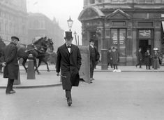 Under-Secretary of State for the Colonies Winston Churchill on his way to the Houses of Parliament London 1905 [1280 x 931]