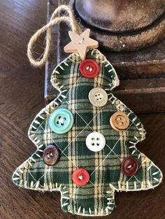 christmas tree quotes Vintage Hand Made Christmas Tree Ornament Decorated With Christmas Tree Quotes, Diy Christmas Lights, How To Make Christmas Tree, Christmas Signs Wood, Decorating With Christmas Lights, Felt Christmas Ornaments, Christmas Tree Themes, Vintage Christmas, Christmas Crafts