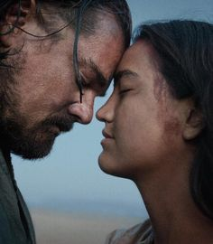 Leonardo DiCaprio as Hugh Glass shares a quiet moment with a Tribeswoman in 'The Revenant. Hugh Glass, The Revenant Movie, Christian Bale, Tom Hardy, 2015 Movies, Good Movies, The Revenant Leonardo Dicaprio, Beauty, Frases