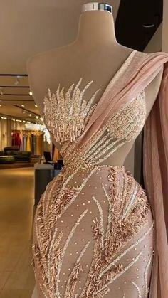 Prom Girl Dresses, Prom Outfits, Glam Dresses, African Prom Dresses, Event Dresses, Fashion Dresses, Stunning Prom Dresses, Pretty Dresses, Beautiful Dresses
