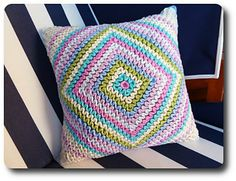 Wiggly crochet the new way.  Ravelry: Wiggly Crochet Tutorial pattern by Barbara Langer