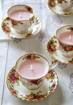 Tassen-Kerzen