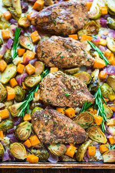 ONE PAN Chicken Dinner with Sweet Potatoes, Apples and Brussels Sprouts. Delicious, healthy, and no clean up! @wellplated
