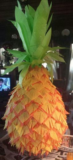 Pineapple pinata
