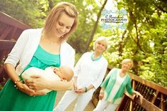 New born four generations Family Generation Photography, Country Family Photography, Extended Family Photos, Family Photos With Baby, Family Pictures, Mothers Day Pictures, Baby Pictures, Four Generation Pictures, 4 Generations Photo