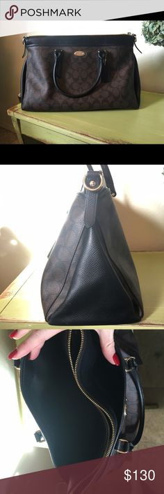 Coach purse like new! In excellent condition looks brand new, no wear or stains only carried two or three times, very good size plenty of storage including two full size side pockets and the middle zips completely. Coach Bags Totes