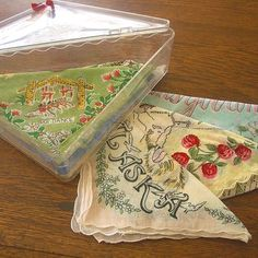 A vintage hankie box. I have a box like this, it's pink. Kitsch, Vintage Sheets, Vintage Linen, Vintage Handkerchiefs, Pillow Quotes, Colorful Chairs, Vintage Beauty, Custom Pillows, How To Introduce Yourself