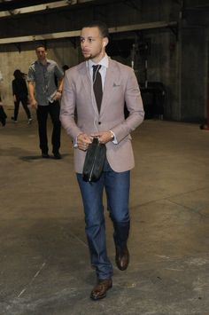 NBA Basketball Photos: Final statistics from the Golden State Warriors vs. Los Angeles Clippers game played on April 2014 Sharp Dressed Man, Well Dressed Men, Stephen Curry, Nba Fashion, Mens Fashion, Curry Warriors, Warriors Vs, Splash Brothers, Curry Shoes
