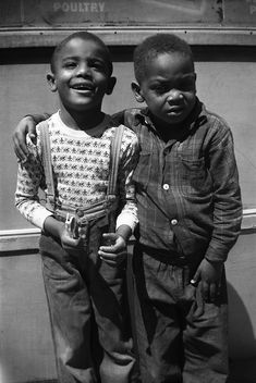 ViVian Maier, NYC, two boys with hand on shoulder, 1955. <3