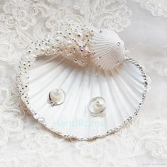 Beautiful/Seashell Ring Pillow With Pearl - JJsHouse Ring Pillow Wedding, Wedding Ring Box, Ring Pillows, Beach Wedding Decorations, Rings For Girls, Shell Crafts, Baby Decor, Wedding Supplies, Dream Wedding