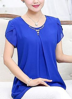Straight Polyester Blouses Around the neck Short Sleeve - Outfit Center Blouses For Women, Ladies Blouses, Women's Blouses, Ladies Tops, Short Sleeve Blouse, Dress Patterns, African Fashion, Blouse Designs, Ideias Fashion