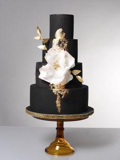 14 chiếc bánh cưới màu đen mà cô dâu, chú rể nào cũng phải ao ước - Ảnh 25.