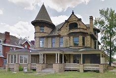 2245 Park Avenue In Walnut Hills Built 1895 And Designed By Samuel Hannaford Victorian ArchitecturePark AvenueVictorian HomesNursing