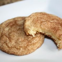 The Best Chewy Snickerdoodles – Delicious recipes to cook with family and friends. Cinnamon Sugar Cookies, Easy Sugar Cookies, Peanut Butter Cookies, Chocolate Chip Cookies, Cheese Cookies, Chocolate Crinkles, Homemade Cookies, Cookie Recipes, Dessert Recipes