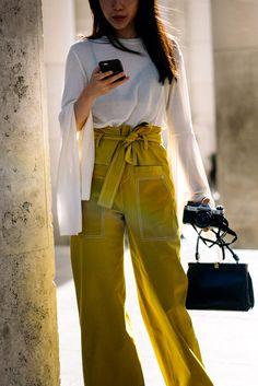 Street Style Paris Fashion Week Primavera Verano 2017   Galería de fotos 24 de 250   VOGUE