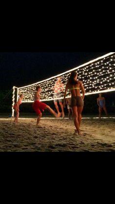 ceci est une jeux de volleyball avec tes amies alors c'est amusante et de l'exercise.