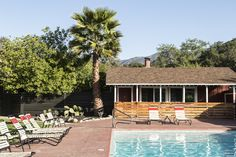 Favorite Sunset magazine SoCal hotels-Ojai Rancho Inn's recent revamp included the addition of a new poolside bar. (Photo by Lisa Corson.)