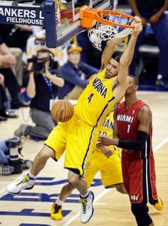 Luis Scola : NBA playoffs: Eastern Conference finals