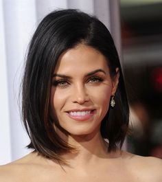 Bookmark this to find the best short hairstyle for your face shape, like a sleek, slightly angled bob with long layers in the front for a diamond-shaped face.