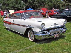 1957 Pontiac Chieftain HT