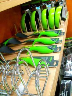 Verde para la cocina, por qué no...  Realización: Ezequiel Antonio   Para Hipermercados Jumbo