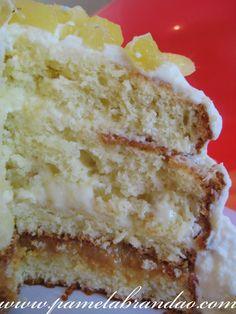 Pão de Ló com Recheio de Abacaxi e Doce de Leite