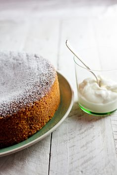 A delicate, delicious apple & polenta cake. The perfect cake to serve for afternoon tea! Health Desserts, Just Desserts, Frosting Recipes, Cake Recipes, Dessert Recipes, Gelato, Tiramisu, Polenta Cakes, Chocolate Fudge Frosting