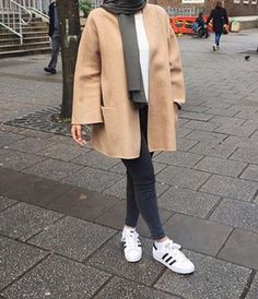 hijab and hijab fashion imageThe actual scarf is an essential part from the outfits of girls by using hijab. Hijab Casual, Hijab Outfit, Hijab Chic, Casual Outfits, Modern Hijab Fashion, Street Hijab Fashion, Muslim Fashion, Winter Mode Outfits, Winter Fashion Outfits