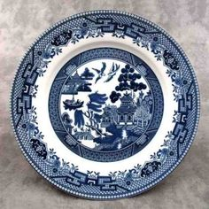 Blue Willow 16-Piece Dinnerware Set Plate Earthenware Bowls Dishes serves 4 #Churchill