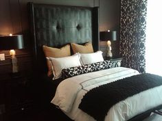Love the look of black and white bedding