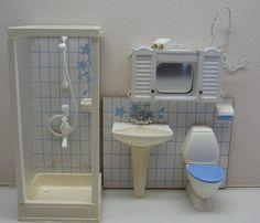 LUNDBY DOLLHOUSE BATHROOM SET #9887 + CABINET #8850 FROM 1990u0027s