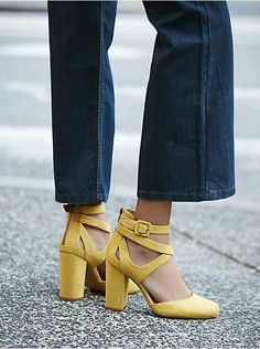 Put your fashionable foot forward with Free People shoes that are perfect for every occasion. Shop Free People shoes online and stay on trend year-round. Fall Shoes, Summer Shoes, Happy Shoes, Boho Shoes, Women's Shoes, Splendid Shoes, Popular Shoes, Ankle Strap Heels, Ankle Straps