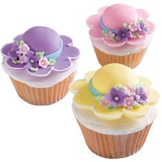 Is this adorable for a springtime shower idea or not? cupcakes