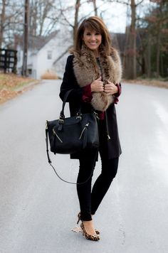 25 Days of Winter Fashion: Accessories From Sole Society - Cyndi Spivey Fashion For Petite Women, Womens Fashion Casual Summer, Winter Fashion, Fashion Black, Ladies Fashion, Fashion Edgy, Cheap Fashion, Carrie, Skinny