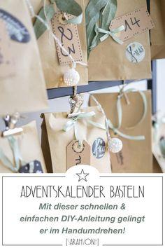 Du möchtest einen Adventskalender selber machen? Hier findest du eine einfache Schritt für Schritt DIY Anleitung für einen hübschen Adventskalender. #adventsaklenderdiy #diy #weihnachten #diyweihnachten Diy Kalender, Diy Weihnachten, Place Cards, Place Card Holders, Simple Diy