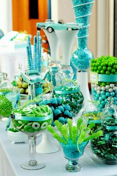 Lime Green Wedding Favors Are A Gesture Of Eal To Friends And Family That Attend The On Behalf