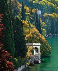 Love to Wake up and Stand on the Veranda, Lake Como, italy